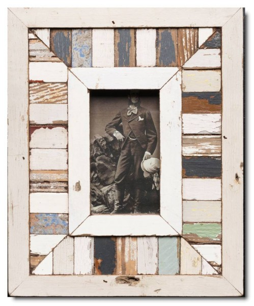 Mosaic distressed wooden picture frame for photo format A6