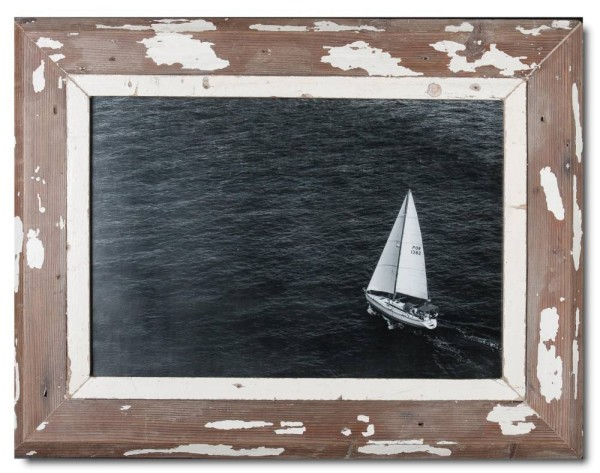 Reclaimed wood picture frame for photo size A3