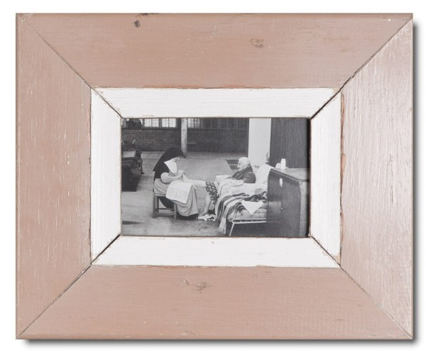 Rustic timber frame for picture size A6