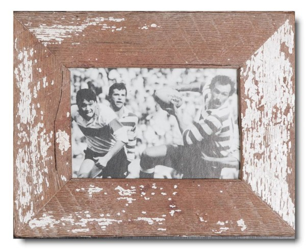 Basic distressed wooden frame square