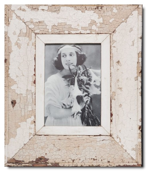 Wide reclaimed wood picture frame for picture format A5