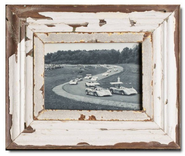 Reclaimed wood frame for photo format A5