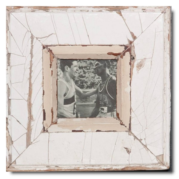 Square distressed wooden picture frame for photo size 10,5 x 10,5 cm