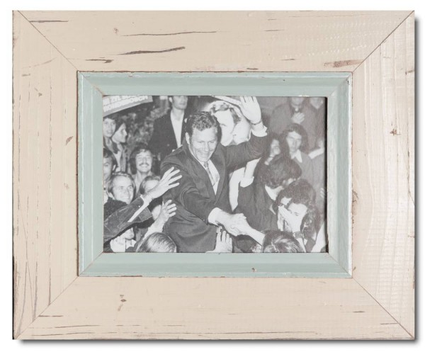 Distressed wooden picture frame for picture size A5