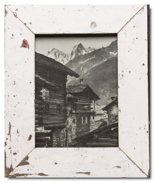 Basic distressed wooden frame square for picture format 15 x 20 cm