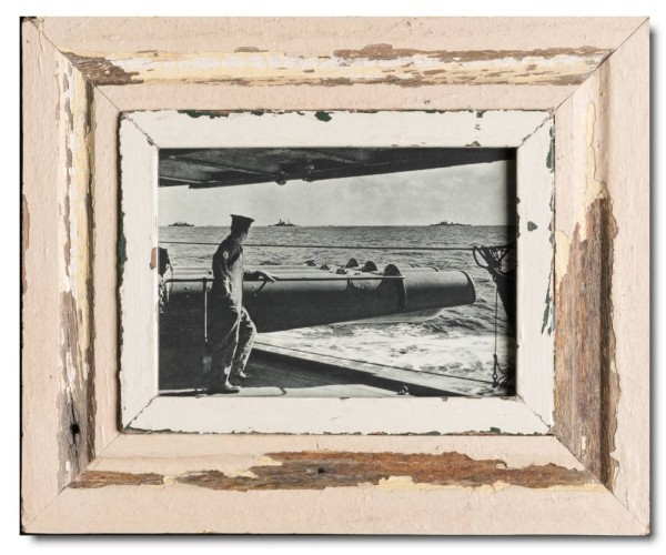 Rustic timber picture frame for photo format 14,8 x 21 cm