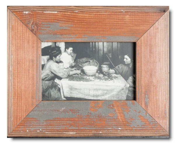 Basic rustic timber frame for picture size 10 x 15 cm