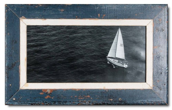 Panoramic reclaimed wood picture frame for picture format 2:1