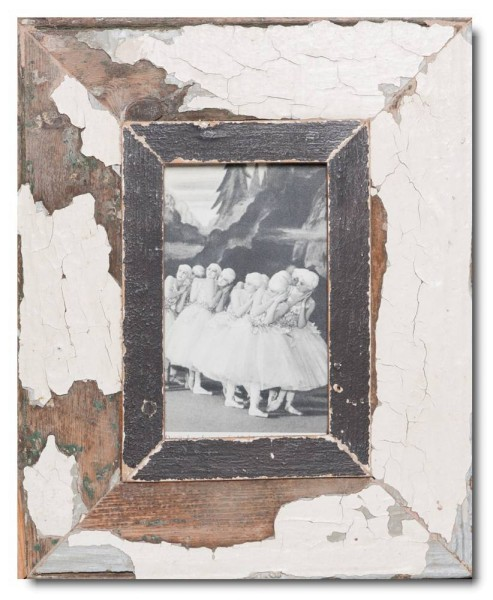 Rustic timber picture frame for picture format 14,8 x 10,5 cm