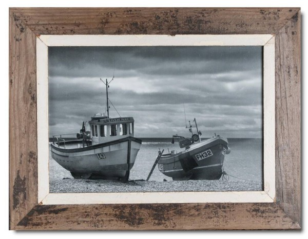 Distressed wooden frame for picture format 42 x 29,7 cm