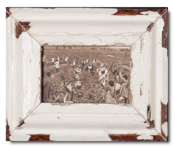 Rustic timber picture frame for photo format A6