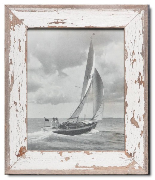 Basic distressed wooden picture frame for picture size 20 x 25 cm