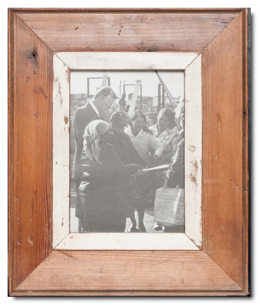 Reclaimed wood photo frame for picture size A5