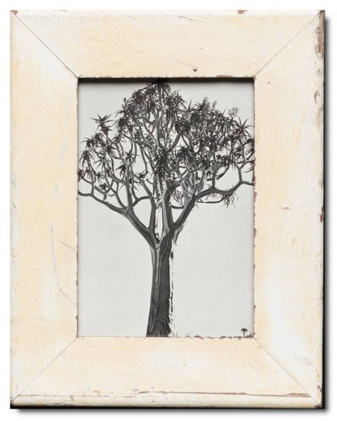 Basic reclaimed wood photo frame for picture size 15 x 20 cm