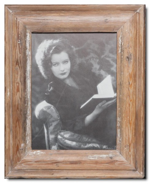 Reclaimed wood photo frame for photo size A4