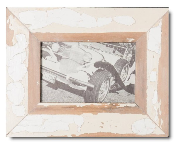 Basic distressed wooden picture frame for photo format 10 x 15 cm