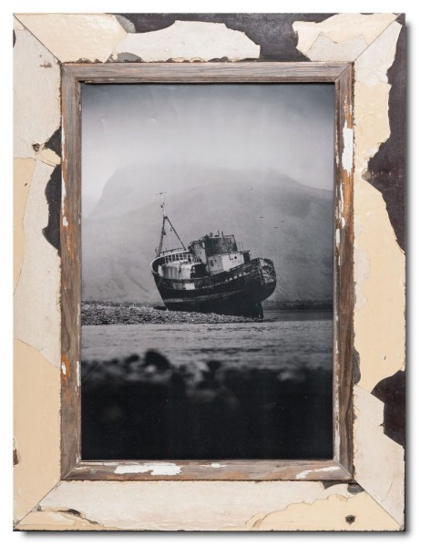 Reclaimed wood frame for photo size 42 x 29,7 cm