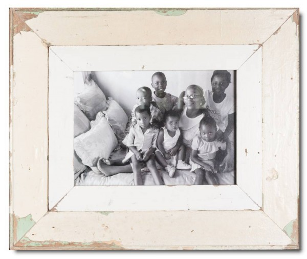 Wide reclaimed wood picture frame for photo format A4