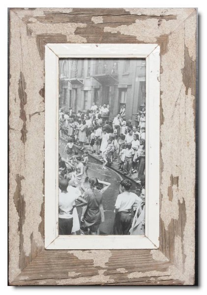 Panoramic distressed wooden picture frame for photo format 2:1