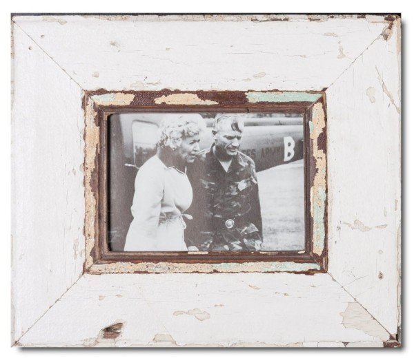 Wide reclaimed wood photo frame for photo format 21 x 14,8 cm