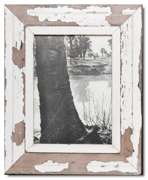 Distressed wooden picture frame for picture format 29,7 x 21 cm