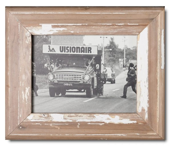 Basic distressed wooden picture frame for picture format 15 x 20 cm