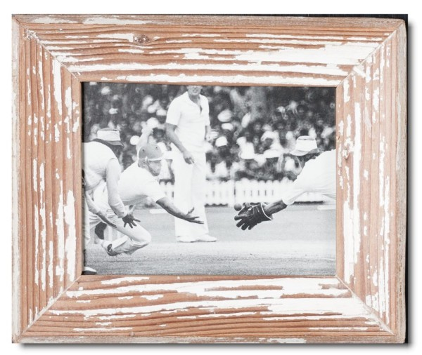 Basic distressed wooden frame square for photo format 15 x 20 cm