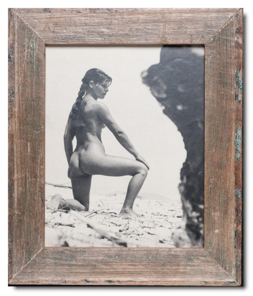 Basic distressed wooden frame square for picture size 20 x 25 cm