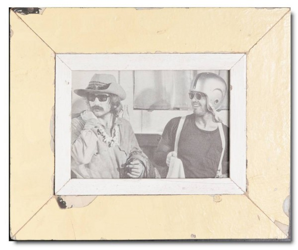 Reclaimed wood photo frame for photo format 14,8 x 21 cm