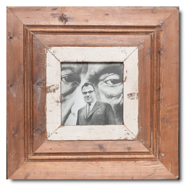Square distressed wooden picture frame for picture size 10,5 x 10,5 cm