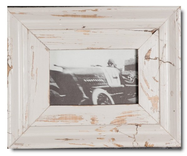 Distressed wooden frame for photo size 14,8 x 10,5 cm