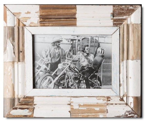Mosaic distressed wooden frame square