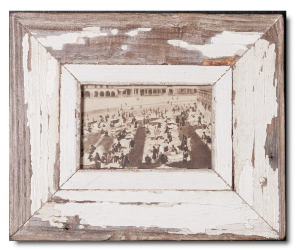 Reclaimed wood frame for picture size A6