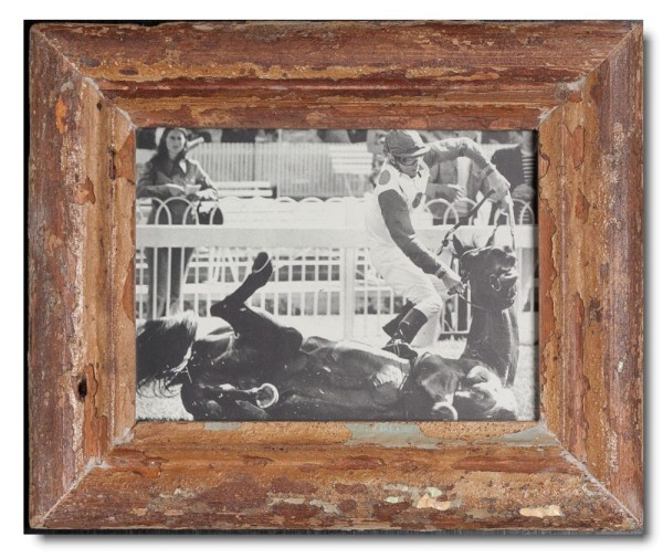Basic rustic timber frame for photo size 15 x 20 cm