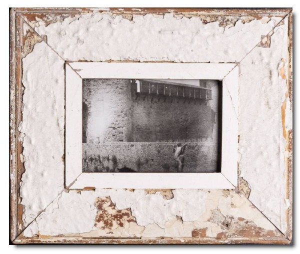 Wide rustic timber frame for picture format A5