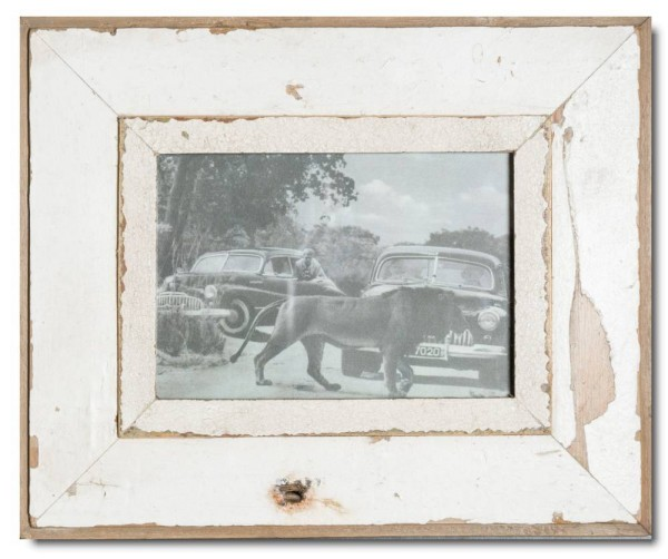 Reclaimed wood photo frame for photo format A5