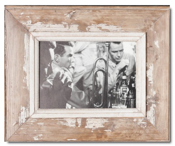 Distressed wooden picture frame for photo size 14,8 x 21 cm
