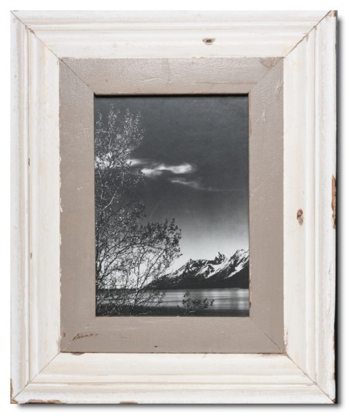 Wide reclaimed wood picture frame for picture format A4