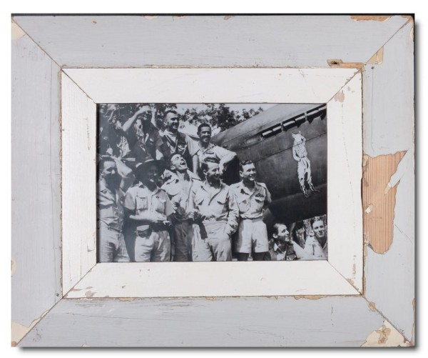 Wide distressed wooden picture frame for picture size A4