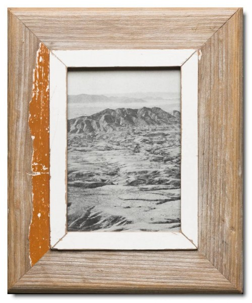 Reclaimed wood picture frame for photo size 14,8 x 21 cm