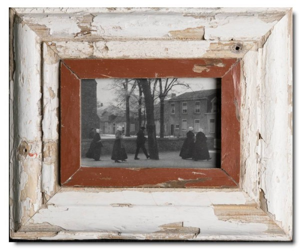 Rustic timber frame for photo format A6