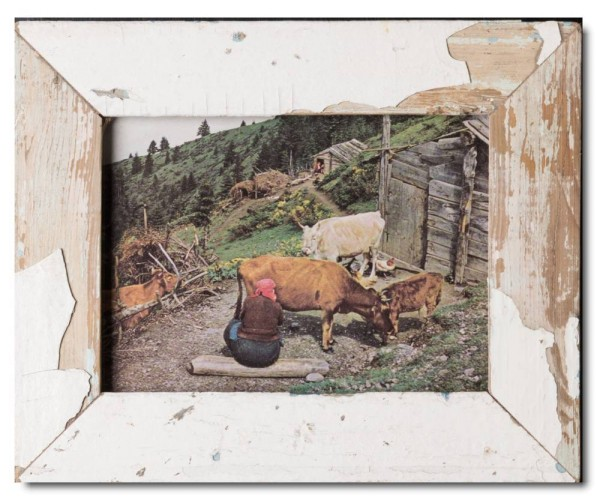 Basic rustic timber frame for picture size 15 x 20 cm
