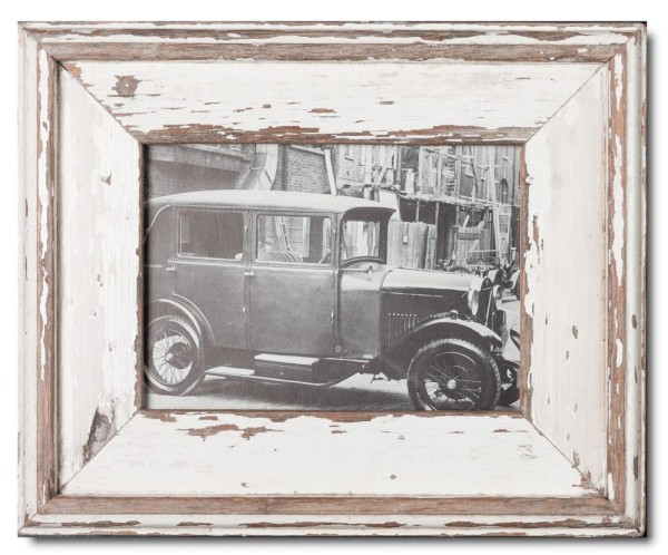 Reclaimed wood photo frame for picture format A5