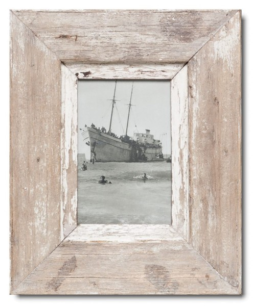Reclaimed wood frame for picture format A6