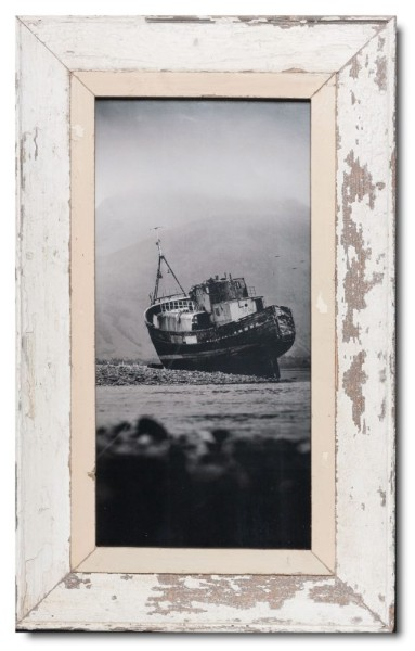 Panoramic distressed wooden frame square for picture format 2:1