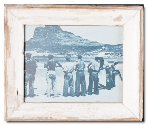 Basic rustic timber picture frame for photo size 20 x 25 cm