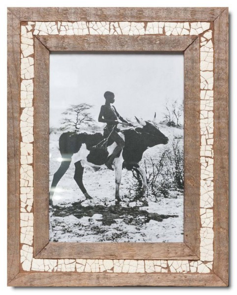 Ostrich eggshell mosaic reclaimed wood frame for photo format 29,7 x 21 cm